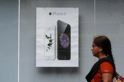 Índia eleva imposto sobre importação de celulares; medida impactará Apple
