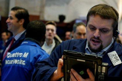 Wall Street finit en hausse, vote de la réforme fiscale en vue