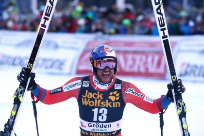 Alpine skiing: Svindal storms to another downhill win