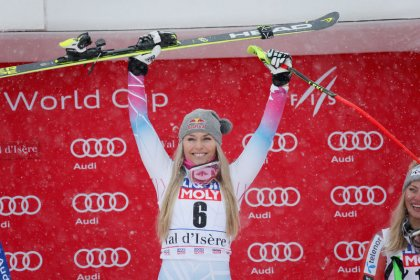 Alpine skiing: Veith wins first race since injury, Vonn pulls out