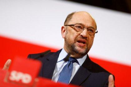 SPD leader wants Merkel to relinquish finance ministry: Handelsblatt