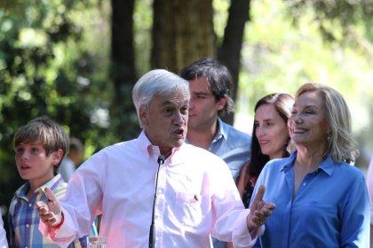 Chilean conservative Pinera seen winning presidency: media forecast