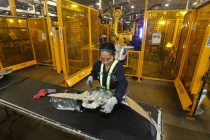 Canada job vacancies rise in third quarter with gains across sectors