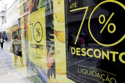 Brazil economic activity expands for third month in November