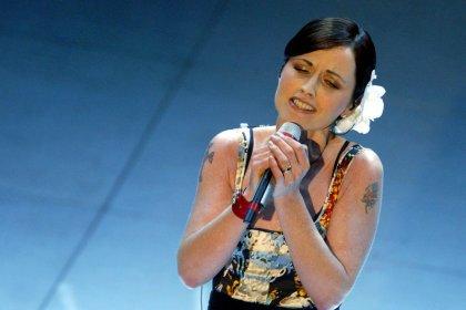 Death of Cranberries star O'Riordan not suspicious - police