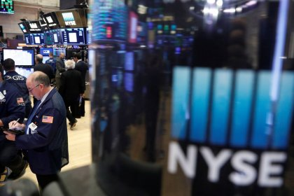 Wall Street finit en baisse, General Electric et Boeing pèsent