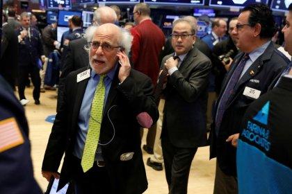الأسهم الأمريكية تغلق مرتفعة رغم إغلاق محتمل للحكومة الاتحادية