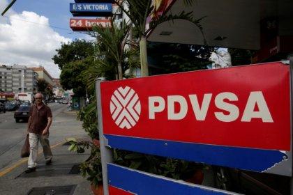 Venezuela's woes poised to hit U.S. oilfield service firms' earnings
