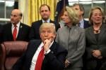 Trump's dealmaker image tarnished by U.S. government shutdown