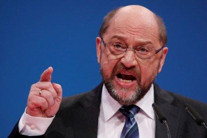 Los socialdemócratas alemanes aprueban negociar una coalición con Merkel