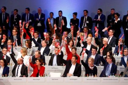 SPD gibt grünes Licht für Koalitionsverhandlungen