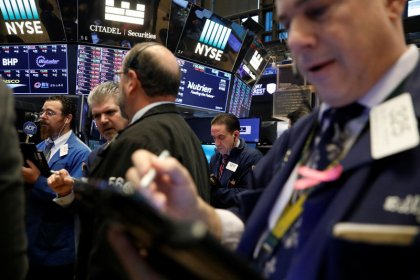 Amid stock market selloff, U.S. profit forecasts rise
