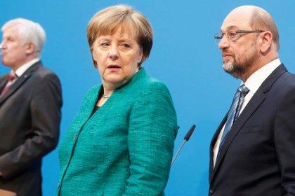 Germania, da membri Cdu critiche a Merkel per concessioni eccessive a Spd