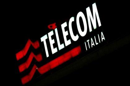 Elliott avança contra administração da Vivendi na Telecom Italia