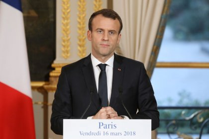 French government plans tighter controls of the unemployed