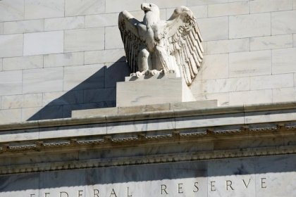 Gulf central banks may diverge from U.S. policy as rate hikes loom