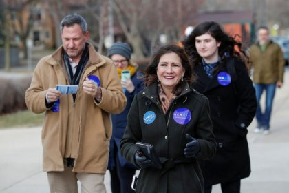 Democratic incumbent faces challenge from the left in Chicago