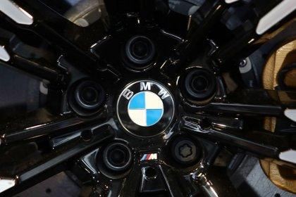 BMW raises R&D spending for electric, autonomous cars