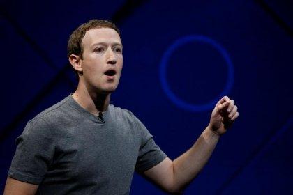 """Zuckerberg diz que Facebook """"cometeu erros"""" com Cambridge Analytica"""