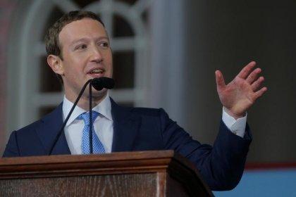Zuckerberg reconhece erro em manipulação de dados de usuários do Facebook e promete restrições mais duras