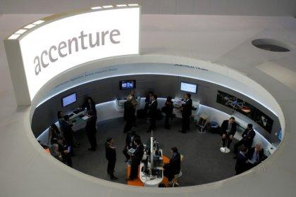 CORR-Accenture bat le consensus grâce à ses services numériques