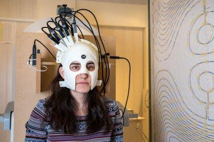 Scientists develop brain scanner in a helmet