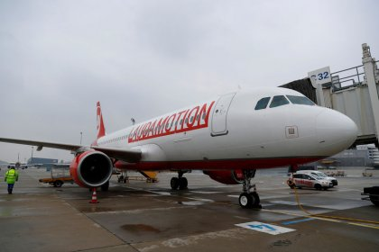 ryaniar risks and challenges Financial government solutions legal reuters news agency risk management ryanair to buy niki lauda airline in challenge to ryanair has for two.