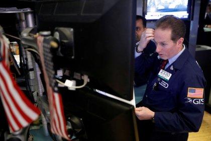 Wall Street finit en forte baisse, plombée par les tarifs douaniers