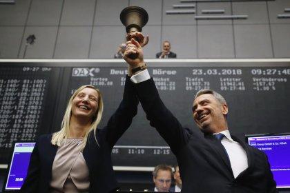 DWS affiche une légère hausse pour ses débuts en Bourse