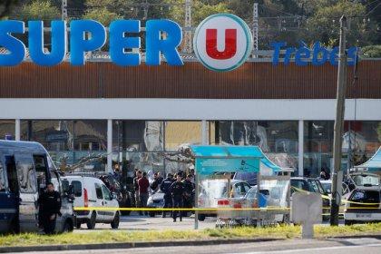 Francia, ostaggi in supermarket, tre morti, ucciso anche sequestratore