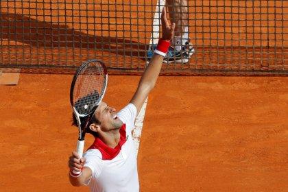 Djokovic massacra conterrâneo Lajovic e avança no Masters 1000 de Monte Carlo