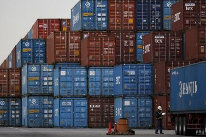 Japan March exports rise 2.1 percent year-on-year: MOF