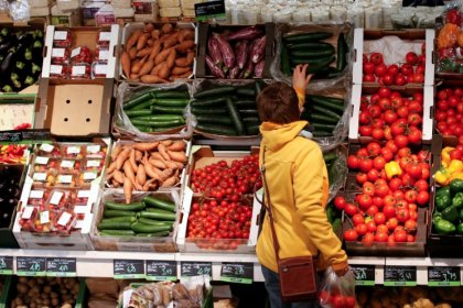 Euro zone inflation rises less than estimated in March