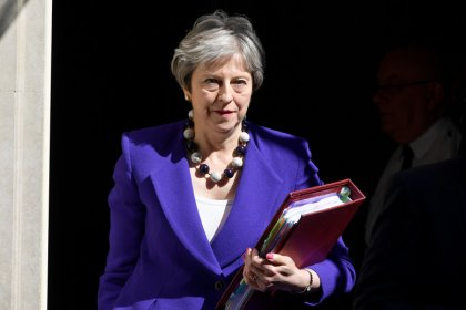 May faces embarrassing Brexit defeat in upper house