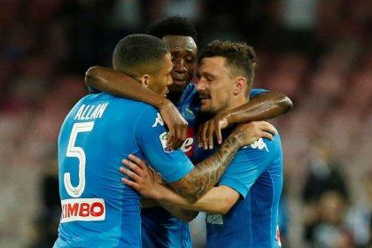 Napoli vence Udinese de virada e diminui vantagem da Juventus