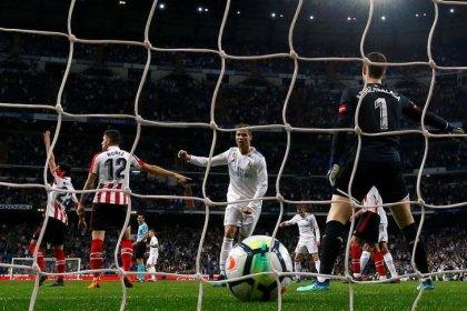 Gol de tacón de Ronaldo evita derrota del Madrid ante Athletic Bilbao