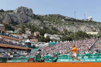 Nadal y Djokovic avanzan a octavos de final en Montecarlo
