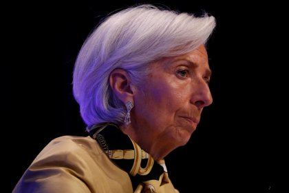 U.S.-China trade conflict threatens global confidence - IMF's Lagarde
