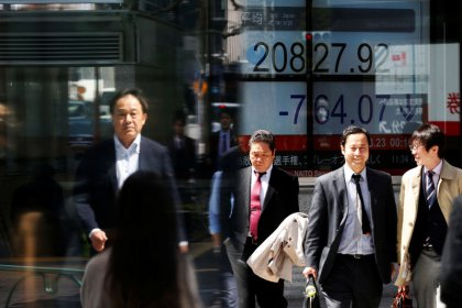 Asia shares hit by tech warning, oil holds near highs
