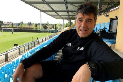ENTREVISTA-VAR torna vida dos árbitros mais justa, diz diretor de arbitragem da Fifa