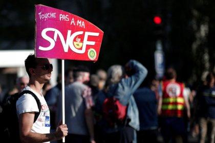 Une majorité de Français toujours opposée à la grève SNCF