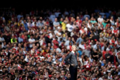 Wenger will get many job offers after leaving Arsenal, says Dein