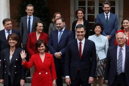 Spagna accoglierà nave migranti Aquarius, Salvini: alzare la voce paga