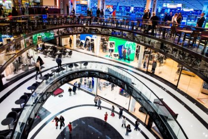 Euro zone inflation confirmed at 1.9 percent, labour costs surge