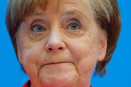 Merkel diz ter apoio necessário para negociar imigração com aliados da Baviera