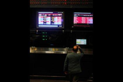 Borsa Milano poco mossa, banche positive su npl, freno guerra dazi Usa-Cina