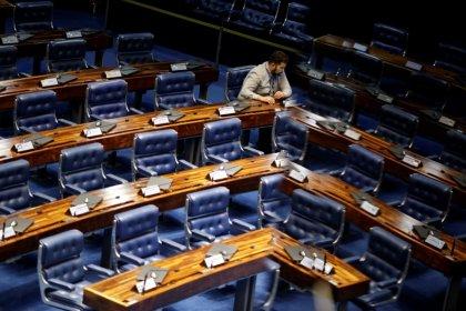 Comissão do Senado aprova proposta que suspende decreto de Temer sobre IPI de insumo de refrigerante