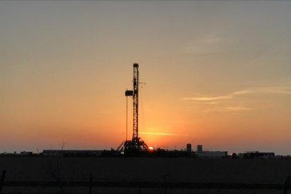 تجار النفط جاهزون للعبة الكراسي الموسيقية مع تهديد الصين برسوم انتقامية