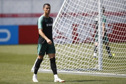 Portugal look to Ronaldo to overcome gritty Iran
