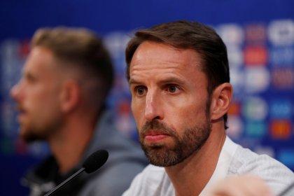 """""""Sem drama"""", diz Southgate sobre polêmica em cima de vazamento de escalação da Inglaterra"""